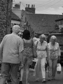 Street scene shoppers