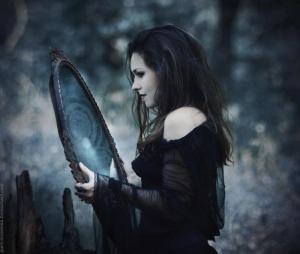 1304040041071710-scurring_mirror