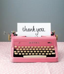 550917992aecb-0213-vintage-pink-typewriter-xl
