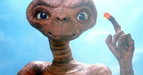 Et-Extraterrestrial-Original-Ending-Script-Changes